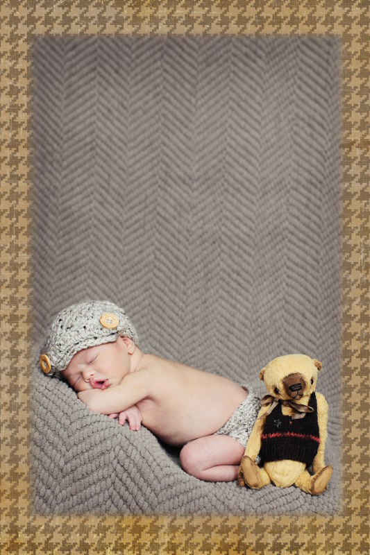 Baby and bear_533x800